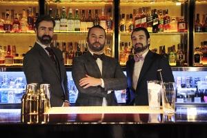 alfredo-pernia_miguel-perez_gustavo-darrigo_solange-cocktails-and-luxury-spirit_equipo_02_baja